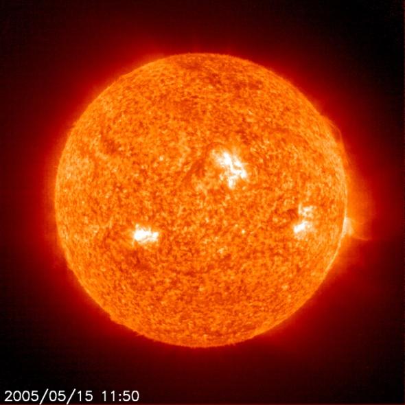 sun-soho-05-15-2005-1150z2