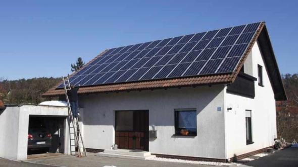 solar-panels-house