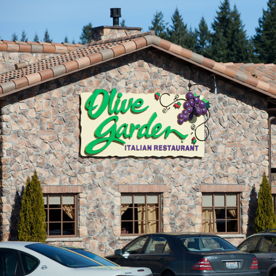 Olive Garden Has A Crazy New Breadstick Creation: Restaurant Re-engineering